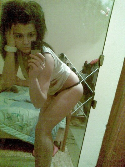 Meet local singles like Shanae from Memphis, Tennessee who want to fuck tonight