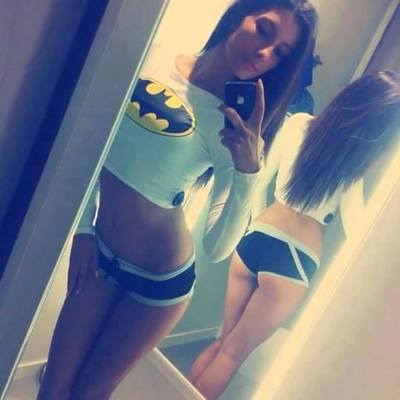 Brianna from Glendale, California is looking for adult webcam chat