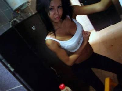 Oleta from Washington is interested in nsa sex with a nice, young man