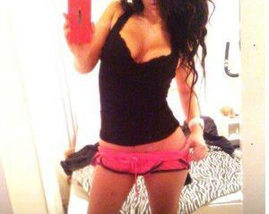 Looking for local cheaters? Take Lisandra from Nebraska home with you