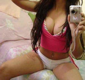 Pasty from Buzzards Bay, Massachusetts is looking for adult webcam chat