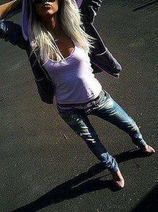 Rosio from Wisconsin is looking for adult webcam chat